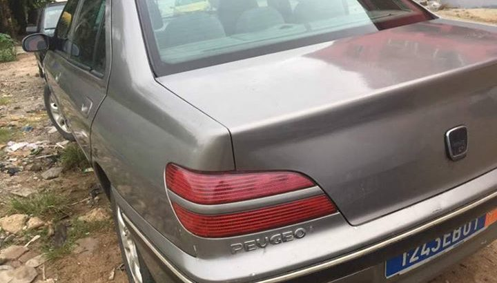 VENTE RAPIDE PEUGEOT 406 FULL OPTION 2003