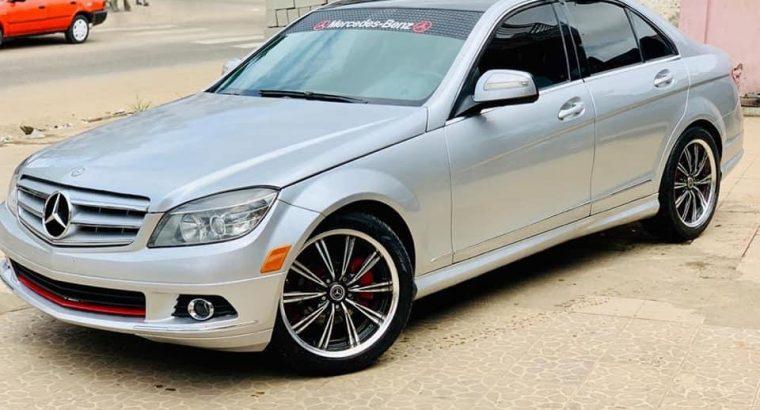 Mercedes C350 grise à vendre