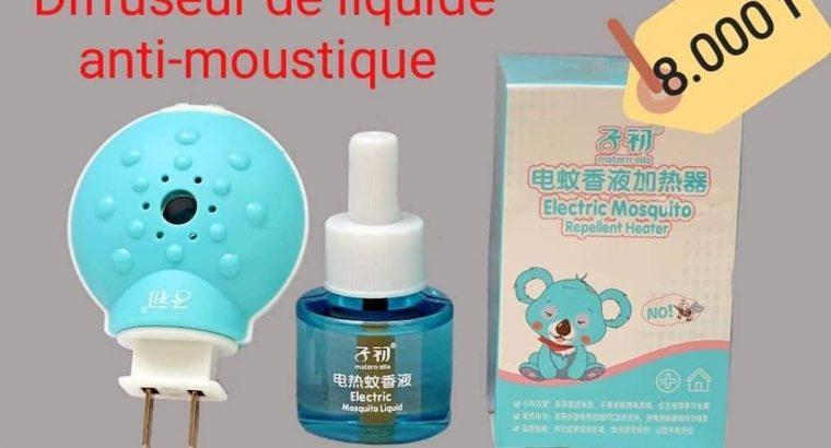 Pulvérisateur de liquide anti-moustiques