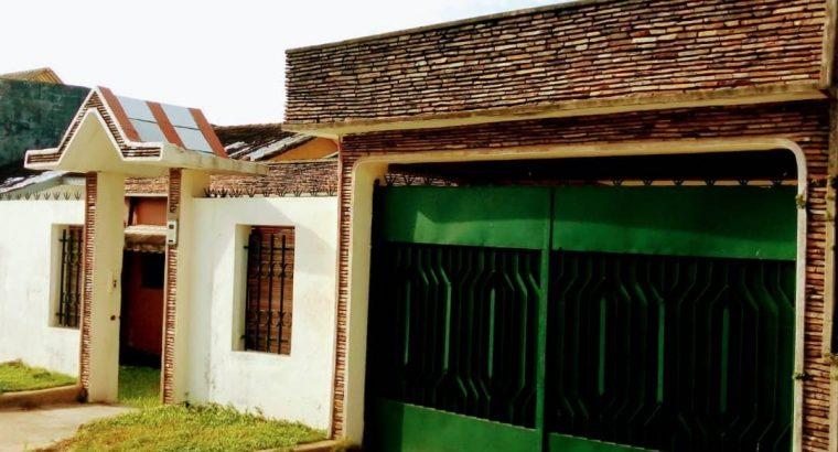 Villa à louer au Vallon