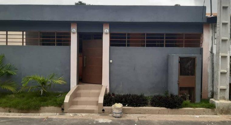 Villa 4 pièces à louer à Bingerville
