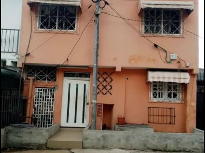 Djibi, immeuble R+1 à vendre
