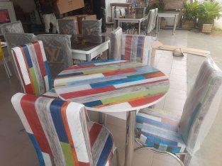 TABLE A MANGER VITREE QUATRE 4 PLACES
